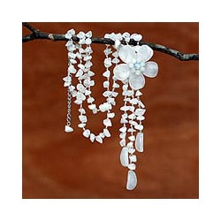 Stainless Steel 'Floral Rain' Quartz Necklace (Thailand)
