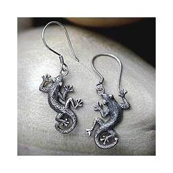 Handmade Sterling Silver 'Gecko Shuffle' Earrings (Indonesia)