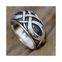 Handmade Sterling Silver Men's 'Dragon Art' Ring (Indonesia)