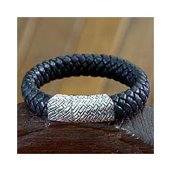 Sterling Silver Men's 'Emperor' Leather Bracelet(Indonesia)