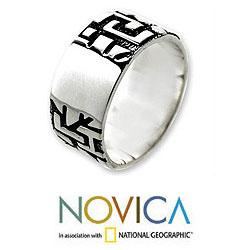 Handmade Sterling Silver Men's 'Labyrinths' Ring (Indonesia)