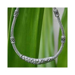 Thai Garden Handmade Traditional Naga Snake Chain with Ornate Hill Tribe Beads in 925 Sterling Silver Womens Necklace (Thailand)