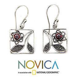 Handmade Sterling Silver 'Bali Daisy' Garnet Earrings (Indonesia)