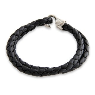 Handmade Sterling Silver Men's 'Warrior' Leather Bracelet (Indonesia)