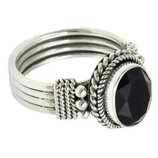 Handmade Sterling Silver 'Bali Glow' Onyx Ring (Indonesia) - Black