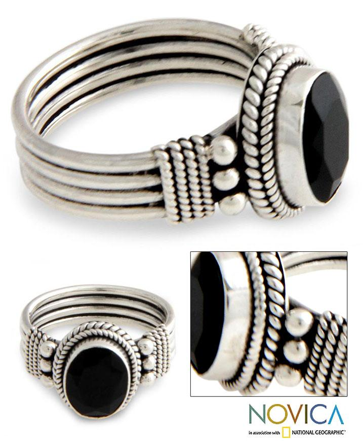 Handmade Sterling Silver 'Bali Glow' Onyx Ring (Indonesia)
