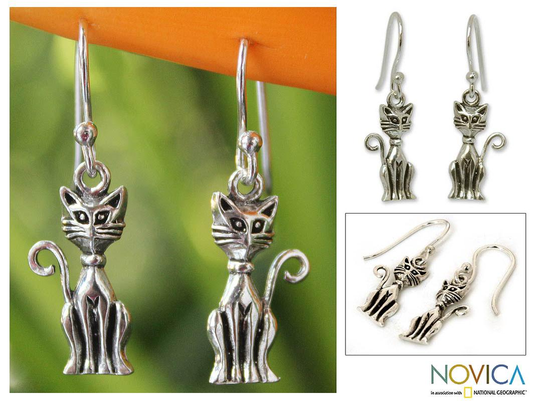 Handmade Sterling Silver 'Feline Fantasy' Dangle Earrings (Thailand)
