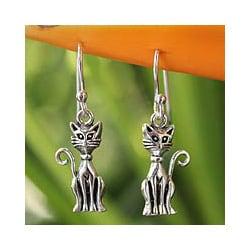 Handmade Sterling Silver 'Feline Fantasy' Dangle Earrings (Thailand)