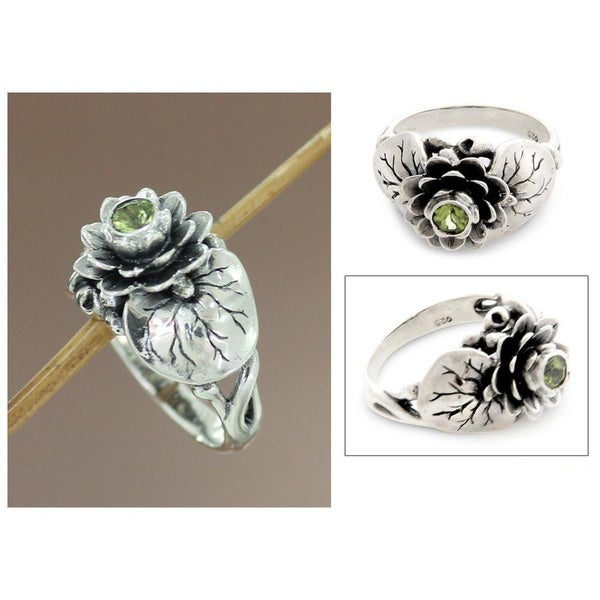 Handmade Sterling Silver 'Lotus Purity' Peridot Ring (Indonesia)