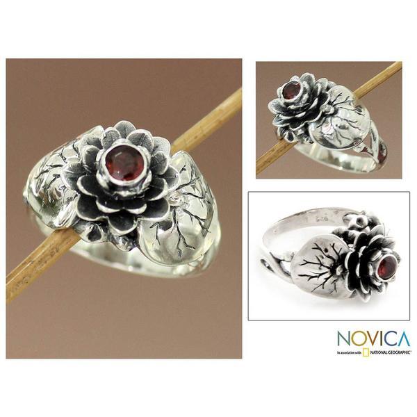 Handmade Sterling Silver 'Lotus Purity' Garnet Ring (Indonesia)