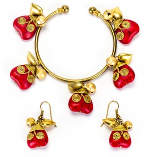 Goldtone Red Coral Heart Bracelet and Earrings Set (Thailand)