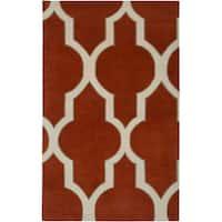 Hand-tufted Averlo Rust Area Rug (8' x 10') - 8' x 10'