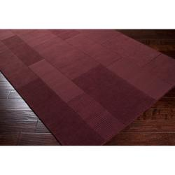 Hand-crafted Solid Casual Burgundy Ducky Wool Rug (8' x 10') - Thumbnail 1