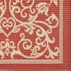 Safavieh Resorts Scrollwork Red/ Natural Indoor/ Outdoor Runner Rug (2'4 x 9'11) - Thumbnail 1