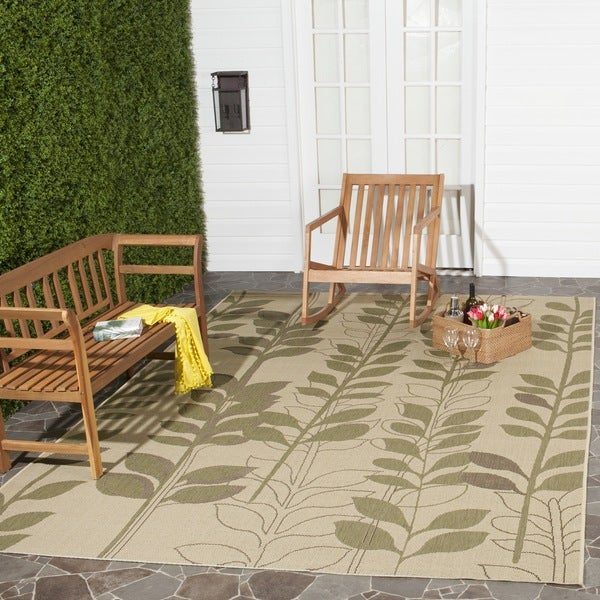 "Safavieh Courtyard Foliage Natural/ Olive Green Indoor/ Outdoor Rug (5'3"" x 7'7"")"
