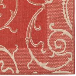 Safavieh Oasis Scrollwork Red/ Natural Indoor/ Outdoor Rug (6'7 x 9'6) - Thumbnail 1