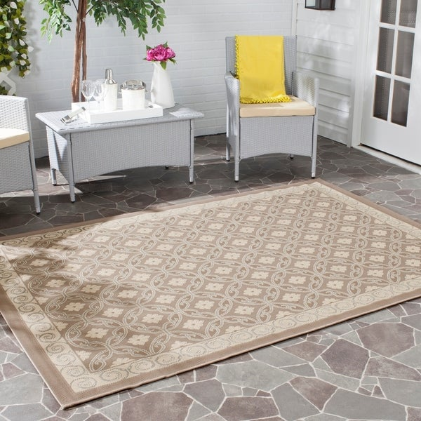 Safavieh Geometric Dark Beige/ Beige Indoor/ Outdoor Rug - 8' x 11'2