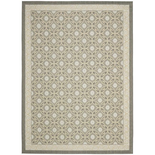 Safavieh Dark Grey/ Light Grey Geometric Indoor Outdoor Rug (4' x 5'7)
