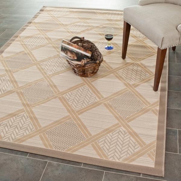 Safavieh Beige/ Dark-Beige Element-Resistant Indoor/ Outdoor Powerloomed Area Rug - 4' x 5'7'