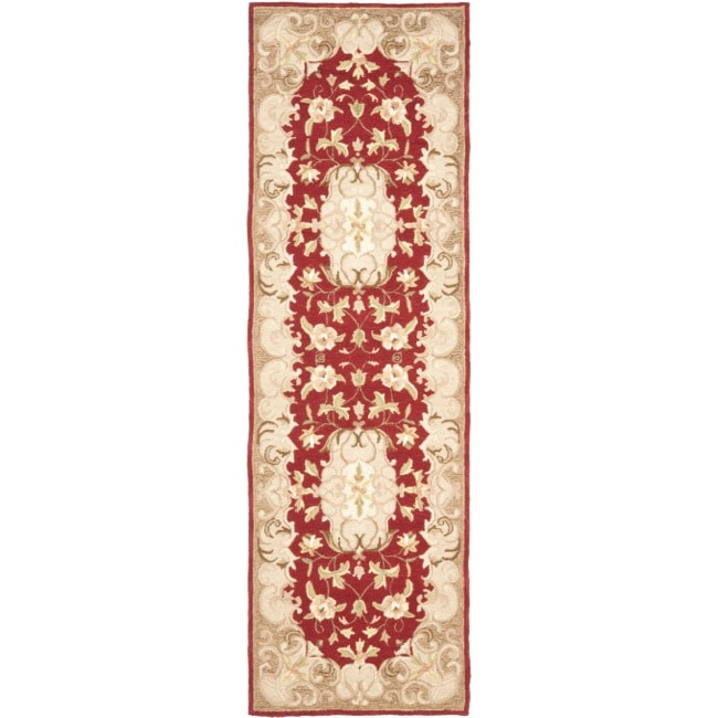 Safavieh Hand-hooked Easy Care Aubusson Rust/ Sage Rug (2' 6 x 8')
