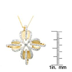 Beverly Hills Charm 14k Yellow Gold 1ct TDW Diamond Flower Necklace