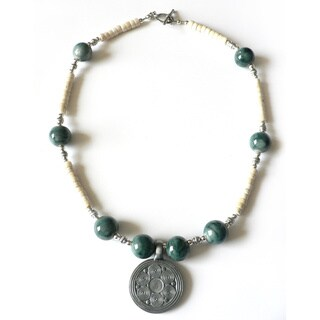 Silvertone 'Brighton Beach' Necklace