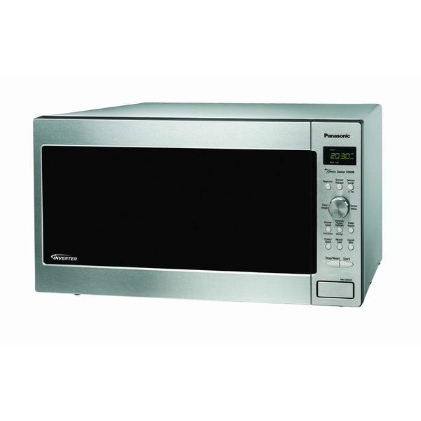 Panasonic NN-SD762S Stainless Steel 1.6-cubic-foot Genius Prestige Microwave Oven