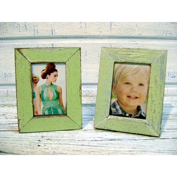Handmade Boatwood 2x3-in Light Green Photo Frames (Set of 2) (Thailand)