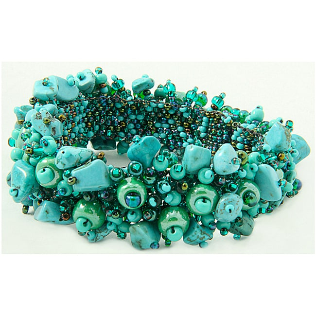 82b0f37ec183 Shop Handmade Turquoise-Chip and Glass-Bead Capullo Bracelet (Guatemala) - Free  Shipping On Orders Over  45 - Overstock - 6504747