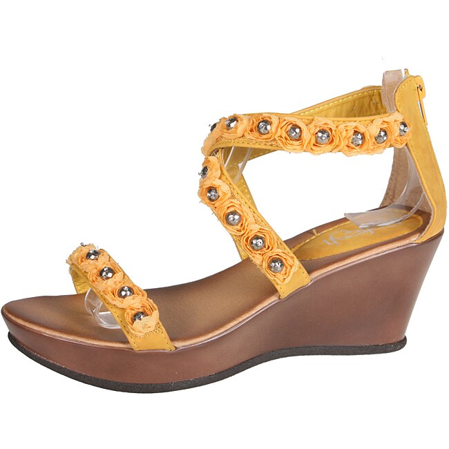 Refresh by Beston Women's 'Summer-02' Yellow Wedge Sandal
