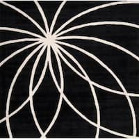 Hand-tufted Contemporary Black/White Hakka Wool Abstract Area Rug (8' Square)
