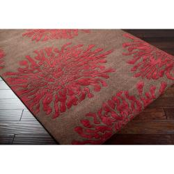 Hand-tufted Contemporary Brown/Burgundy Floral Shaki New Zealand Wool Abstract Rug (5' x 8') - Thumbnail 1