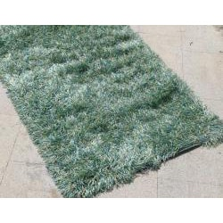 Hand-woven Green Shag Rug (2' x 3') - Thumbnail 1