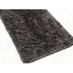 Hand-woven Black Shag Rug (8' x 10')