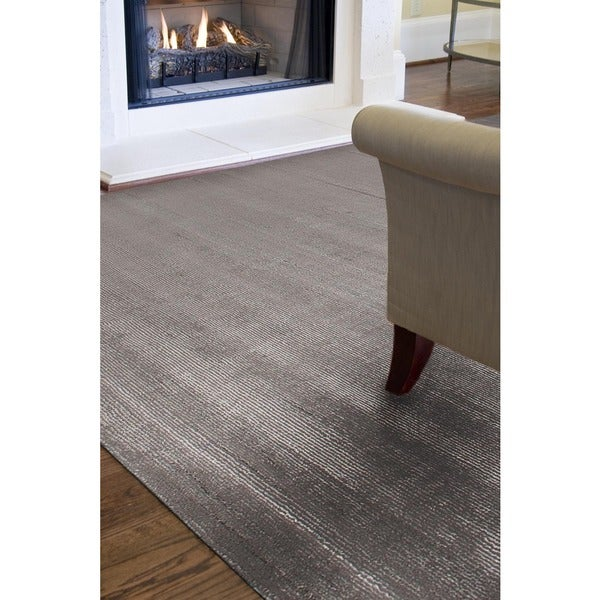 Hand-woven Solid Grey Wool and Art Silk Rug (2' x 3')