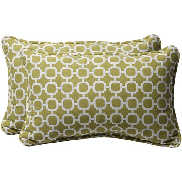 Pillow Perfect Green/ White Geometric Outdoor Toss Pillows (Set of 2)