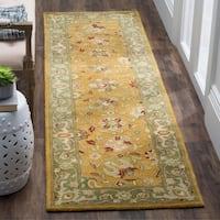 "Safavieh Handmade Traditions Gold/ Sage Wool Rug - 2'3"" x 8'"