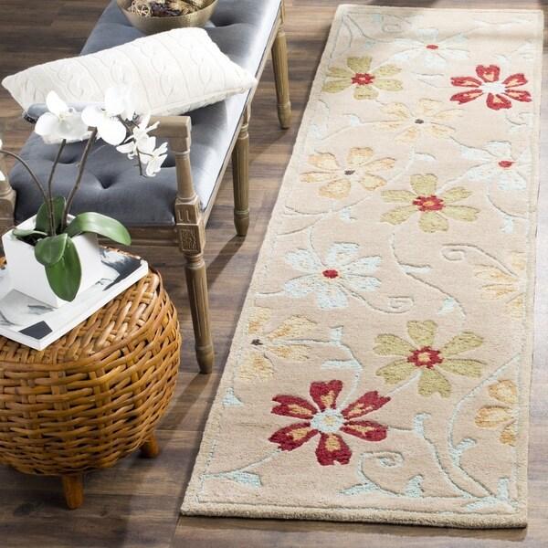 """Safavieh Handmade Garden Blossom Beige Wool Rug (2'3"""" x 8') - 2'3"""" x 8'"""