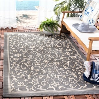 Safavieh Resorts Scrollwork Grey/ Natural Indoor/ Outdoor Rug (4' x 5'7)