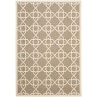 Safavieh Courtyard Geometric Trellis Brown/ Beige Indoor/ Outdoor Rug - 6'7 x 9'6