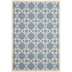 Safavieh Courtyard Geometric Trellis Blue/ Beige Indoor/ Outdoor Rug (4' x 5'7)