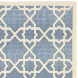 "Safavieh Courtyard Geometric Trellis Blue/ Beige Indoor/ Outdoor Rug (5'3"" x 7'7"") - Thumbnail 1"
