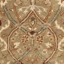 Safavieh Handmade Mahal Green/ Beige New Zealand Wool Rug (2'6 x 10') - Thumbnail 2