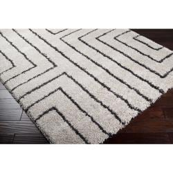 Woven Holloman White Geometric Shag Rug (5'3 x 7'6) - Thumbnail 1