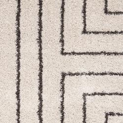 Woven Holloman White Geometric Shag Rug (5'3 x 7'6) - Thumbnail 2