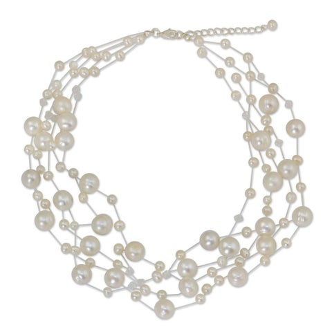 Handmade Stainless Steel Freshwater Pearl Ivory Fishnet Beaded Necklace (4 mm and 10 mm) (Thailand)