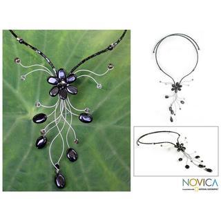 Handmade Stainless Steel 'Daisy Nights' Smoky Quartz Necklace (Thailand)