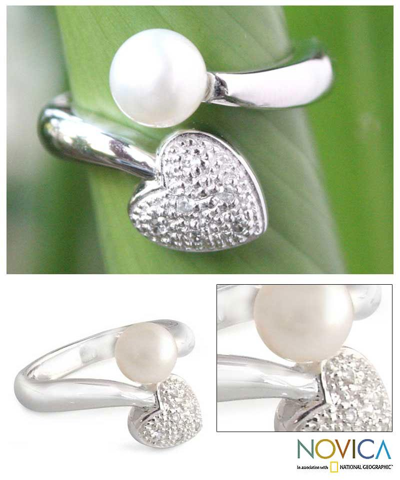 Sterling Silver 'Purity of Heart' Pearl Ring (8 mm) (Thailand)