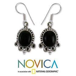Sterling Silver 'Midnight Kiss' Onyx Dangle Earrings (India) - Thumbnail 1