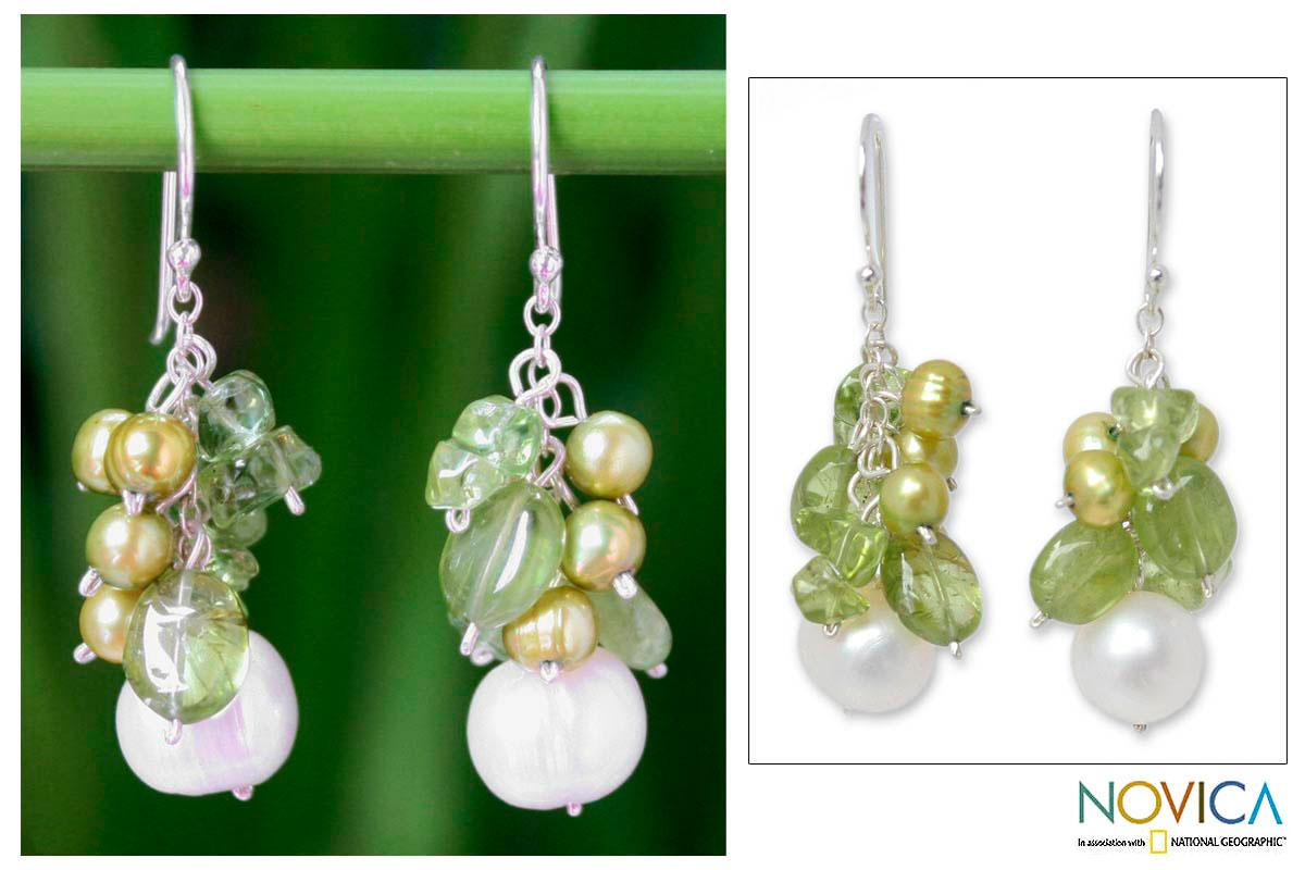 Handmade Sterling Silver 'Lime' Peridot and Pearl Earrings (4-8.5 mm)(Thailand)